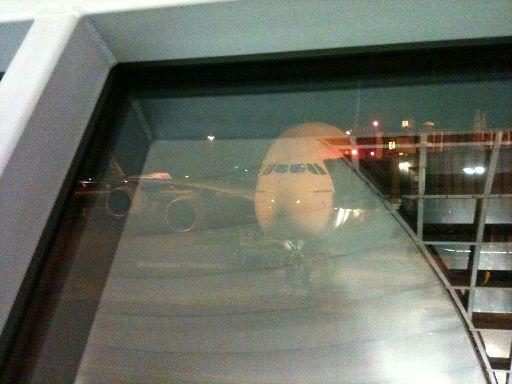 Der A380 vom Gate aus gesehen