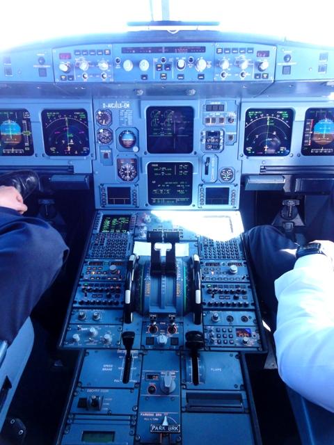 Reiseblogger Cockpit des A320