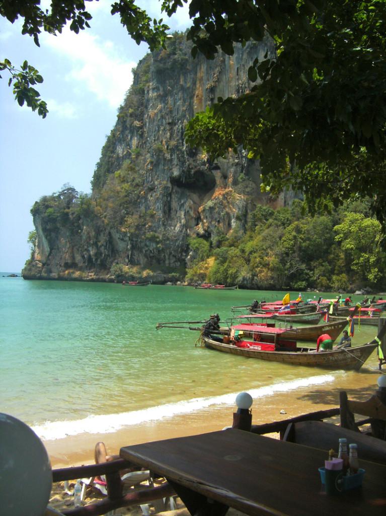 Der Süden Thailands bietet traumhafte Strände und gleichbleibende Temperaturen.