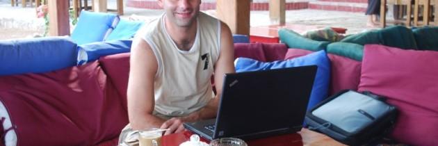 Ortsunabhängig arbeiten – 8 Dienste für ein mobiles Büro auf Reisen