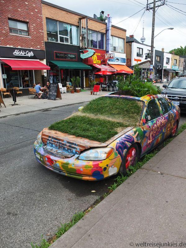 """Das grüne Auto im """"Hippieviertel"""""""