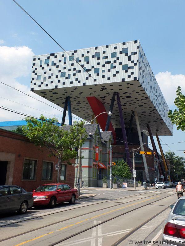 Architektonische Highlights hier und da.